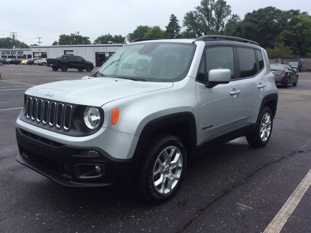 certified pre owned 2016 jeep renegade latitude 4d sport utility in detroit area cgpe17431 ray laethem motor village certified pre owned 2016 jeep renegade latitude 4wd